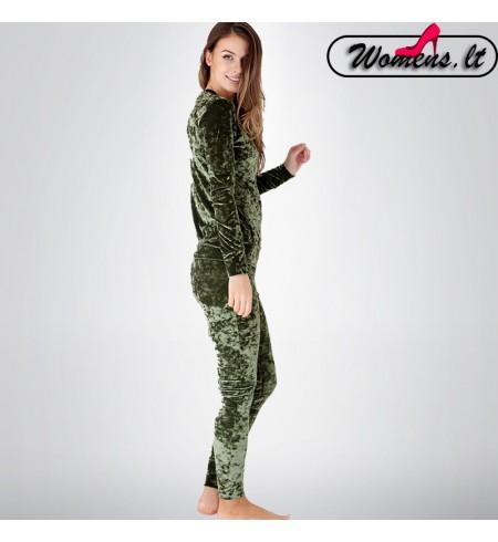 Žalias veliūrinis kostiumėlis
