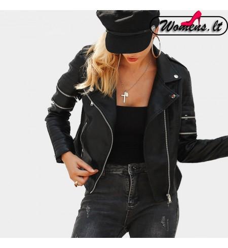 Moteriška Moto Striukė